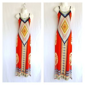 Trivial design dress, size M, good condition.